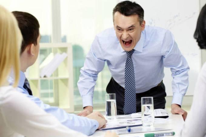 2 formas (muito) perigosas de lidar com conflitos no trabalho